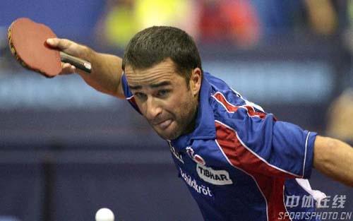 图文-世乒赛男单郝帅轻松取胜晋级法国选手异常投入