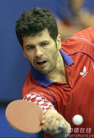 图文-世乒赛男单普里莫拉茨遭淘汰老将为荣誉而战