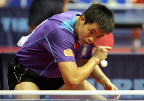 图文-世乒赛男单侯英超4比0晋级次轮削球手发威