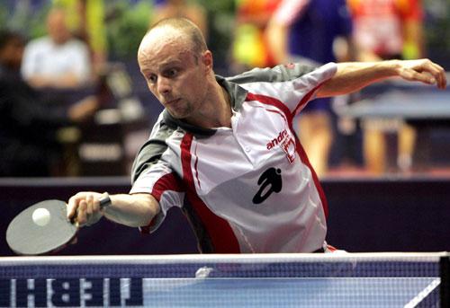 图文-世乒赛男单比赛第二轮激战看起来是位老将