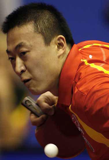 图文-世乒赛男单次轮马琳轻取对手这招想出其不意