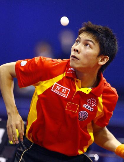 图文-世乒赛男单陈�^晋级第二轮发球是第一要务