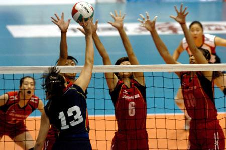 图文-十运女排天津3比0解放军夺冠防守带来金牌