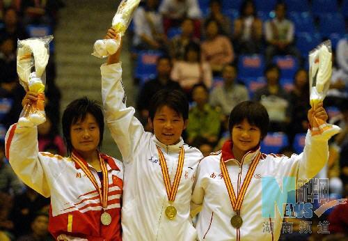 廖蓉刘影景瑞雪五城女子自由式摔跤得魁(网球王子中手冢图片