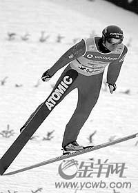 世界杯跳台滑雪赛再创佳绩阿霍宁第12次夺冠(图)