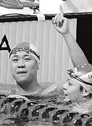 十运会游泳比赛昨晚落幕朱颖文力夺第四金(图)