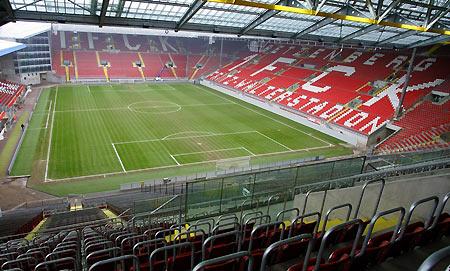 2006世界杯德国观战指南--凯泽斯劳滕赛场