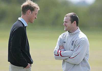 英国为鲁尼触球叫好