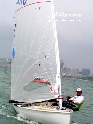 图文-2006青岛国际帆船赛决赛扬帆启航奋力争先