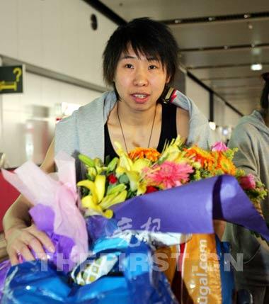 中国女篮用亚运冠军弥补遗憾领队:球员都服马赫