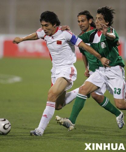 亚洲杯预选赛击败巴勒斯坦中国队提前小组出线[组图]