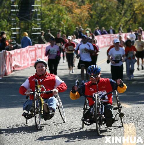美国海军陆战队马拉松赛在华盛顿举行(多图)