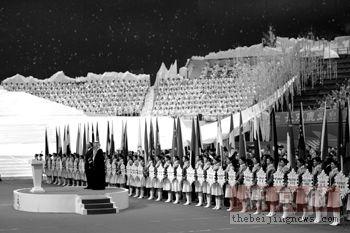 亚冬会点火仪式寓意六六大顺火炬手李佳军很激动