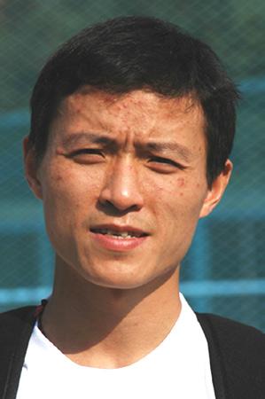 图文-珠峰环保大行动志愿者网络招募候选人 吴劲松