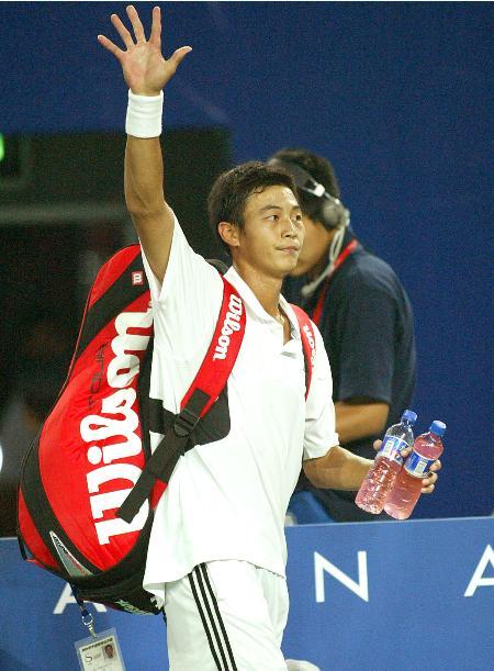 中国网球公开赛首轮名将朱本强遭淘汰(8)