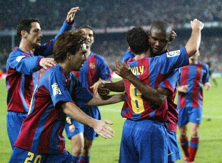 图文-巴塞罗那主场获胜稳居榜首这就是团结的力量