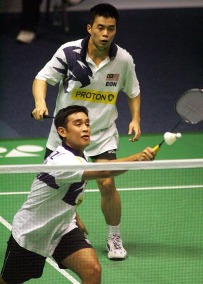 图文-中国羽毛球赛塔扎里/林文富无缘男双四强