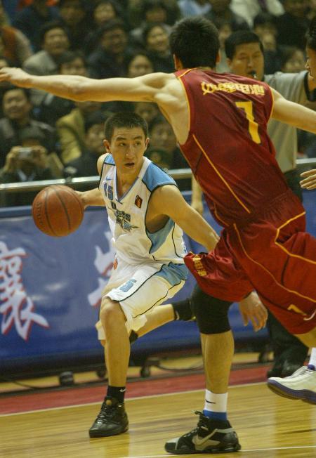 图文-[CBA]北京108-104八一张云松盘活全队