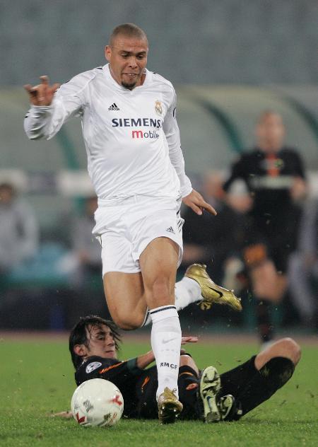 图文-[冠军杯]罗马VS皇马罗纳尔多踏破贺兰山缺