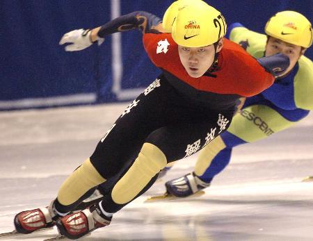 图文-全国短道速滑锦标赛显而易见的领先优势