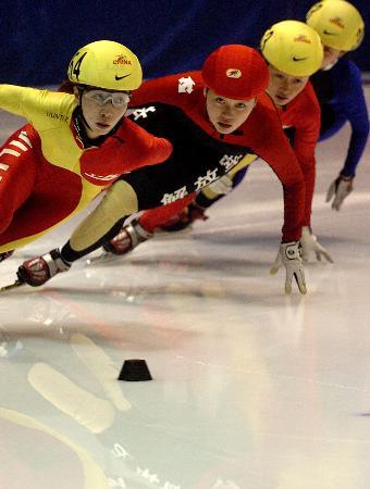 图文-速滑赛女子500米程晓蕾夺冠群芳争艳一支独秀