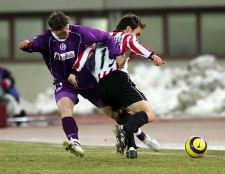 图文:足球�D�D联盟杯:毕尔巴鄂平维也纳(2)