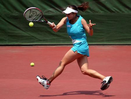 图文:网球�D�D国际女子巡回赛赛况(8)