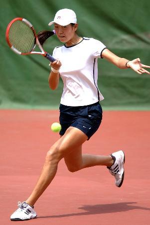 图文:网球�D�D国际女子巡回赛赛况(9)