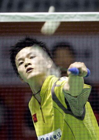 图文-苏迪曼杯中国5-0香港鲍春来战胜林光毅
