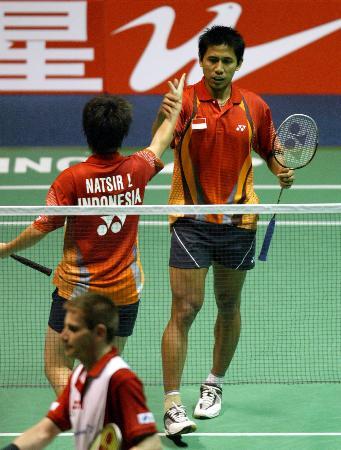 图文-苏杯半决赛印尼淘汰丹麦混双组合庆祝胜利
