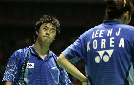 图文-苏杯半决赛中国对阵韩国韩国组合品尝失利