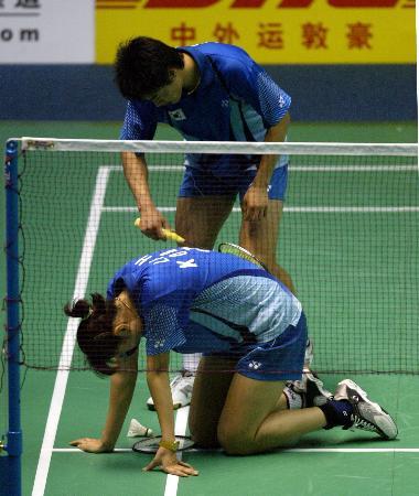 图文-苏杯半决赛中国完胜韩国李孝贞累的气喘吁吁