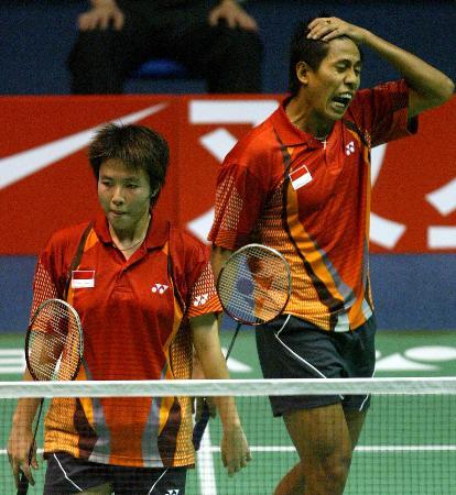 图文-苏迪曼杯决赛混双中国奏凯印尼选手落败