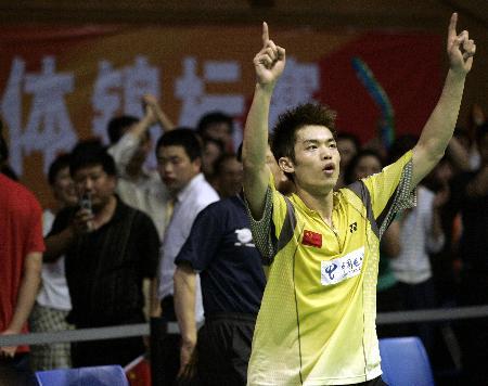 图文-苏杯决赛双雄对决林丹胜出林丹标志庆祝动作