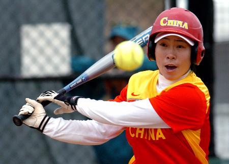 图文-国际体育邀请赛中国女垒惨败张丽芳奋力一击