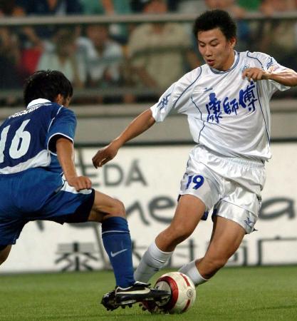 图文-[中超]天津2-0胜国际张烁玩的是技术