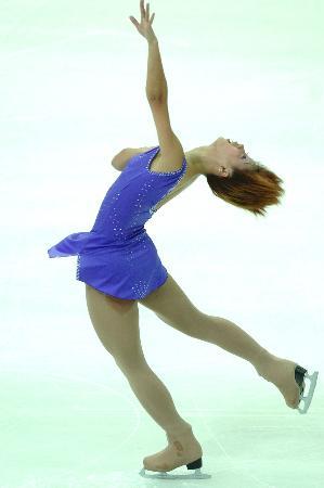 图文-花样滑冰决赛战报黑龙江选手鲍丽在比赛中