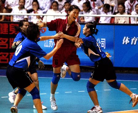图文-十运会女子手球第一阶段安徽大胜四川队