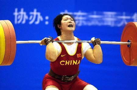 图文-奥运冠军刘春红再展风采冠军轻松破世界纪录