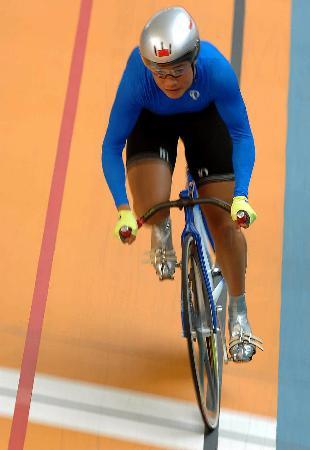 图文-自行车场地500米计时赛决赛速度与力量