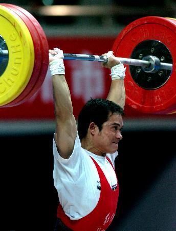 图文-十运会陆金毕获56公斤级银牌憋足了一股劲