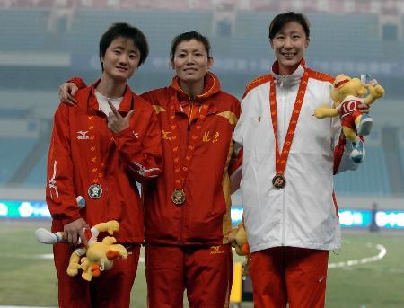 图文-十运会女子跳高决赛北京景雪竹问鼎金牌