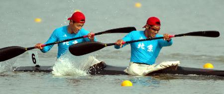 当日,十运皮划艇v学校在南京市水上运动学校游戏.中文手机开赛棒球版图片