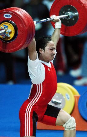 图文-十运会男子举重69公斤级男举赛场的曲线美