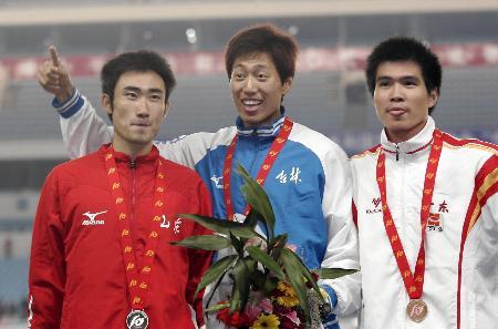 图文-十运男子400米栏吉林孟岩获得冠军