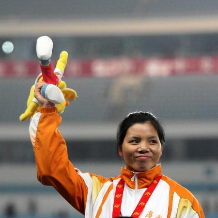 图文-十运会女子三级跳远决赛黄秋艳三级跳夺冠