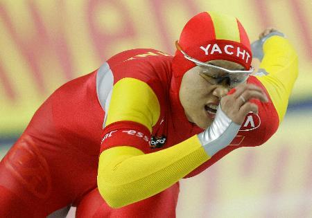 图文-速滑世界杯分站赛都灵站王曼丽500米夺金