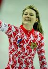 图文-女子速度滑冰500米决赛朱诺娃欣然挥手