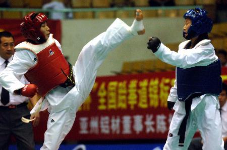 图文-跆拳道全国锦标赛女子63公斤级宗绍娟胜程艳
