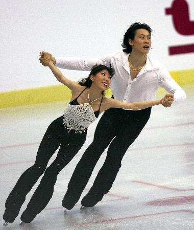 图文:(体育)(4)花样滑冰�D�D中国花样滑冰精英赛在京落幕